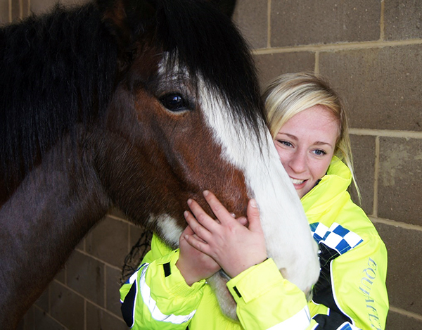 Redwings Bert helps Guardian Nikki with her special police constable role!